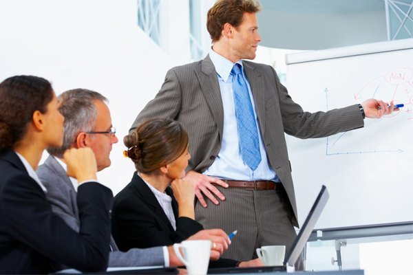 Как управлять коллективом: методы работы руководителя