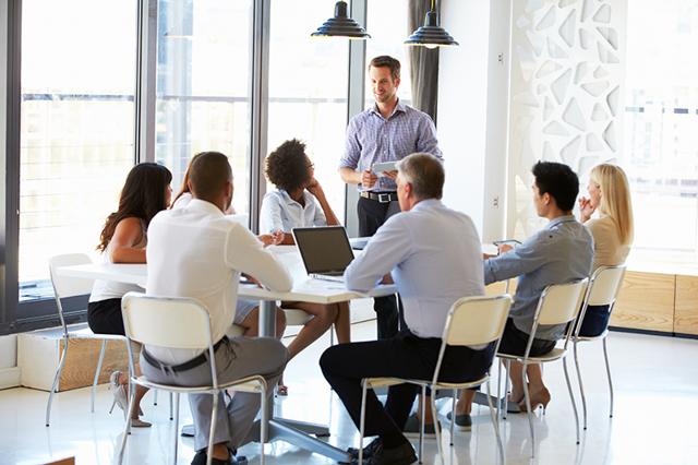Руководитель и подчиненный: как вести себя с начальством?